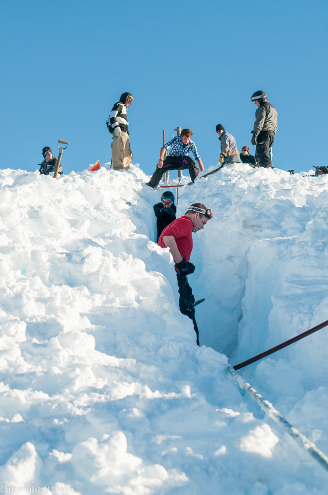 image of Volunteers digging out the Mawson Tow rope after a big snow fall.